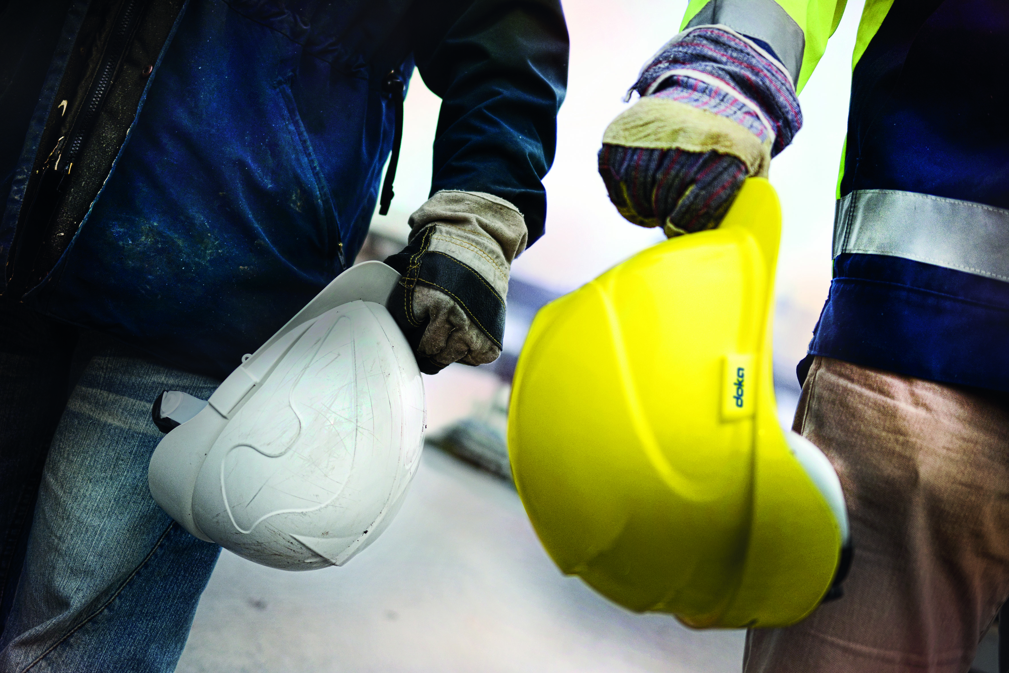 As a partner for construction projects, Doka understands safety holistically. It encompasses the Doka Safety Systems and covers a wide range: from product development to safety consulting and a comprehensive range of services. Copyright: Doka