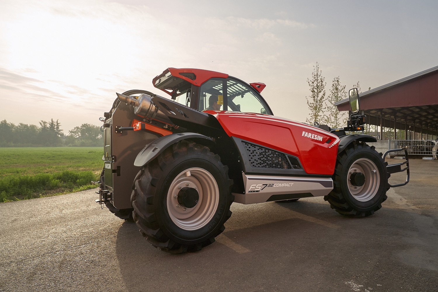 FS 7.32 Compact, the first model of the Next Generation of Faresin telehandlers