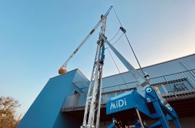 SCHWAB is positioned as general distributor D-A-CH for MiDi trailer cranes