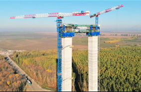Raimondi MRT294 flat top tower cranes
