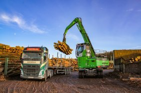 Pick and Carry operation for the SENNEBOGEN 730 E material handler