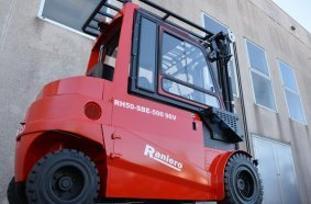 The new RH forklift configuration for the recycling sector