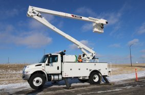 Terex Utilities' new SmartPTO reduces idling, increases fuel savings, and minimizes noise and air pollution by utilizing stored plug in electric power to operate the equipment.