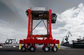Kalmar Straddle Carrier