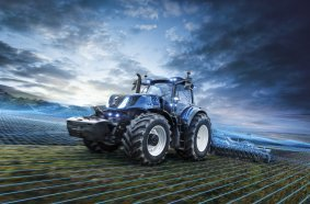 After talking to customers from a variety of farming backgrounds and from many markets the new T7 Heavy Duty with PLM Intelligence™ tractor is designed to meet today's industry requirements. From its ease of use, compact dimensions, to the precision farming interface, and the extensive options list, whatever your work, the new T7 Heavy Duty will step up.