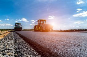 Construction machinery manufacturers closer to common road circulation requirements for mobile machinery