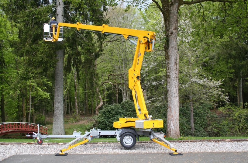 1500 EX Trailer Mouted Lift <br> Image source: OMMELIFT A/S