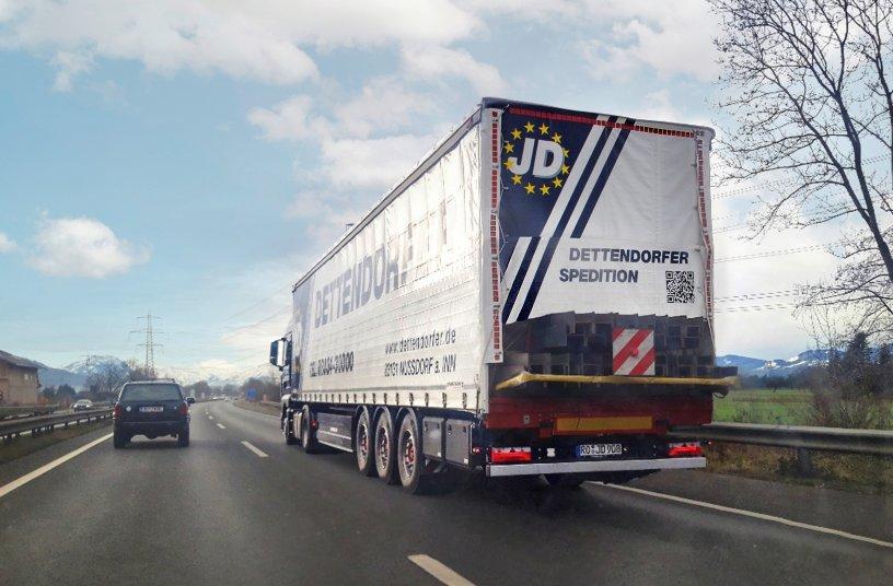 Neues Heck für überlange Ladungsteile<br>Bildquelle: Schwarzmüller Gruppe; Prock und Prock Marktkommunikation GmbH