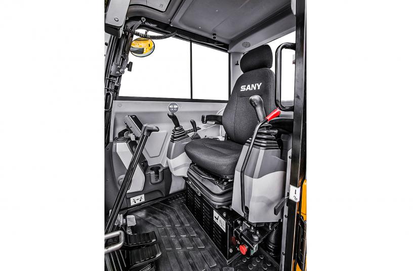 Kraftvoll, sparsam, komfortabel – der neue 8t-Bagger von SANY