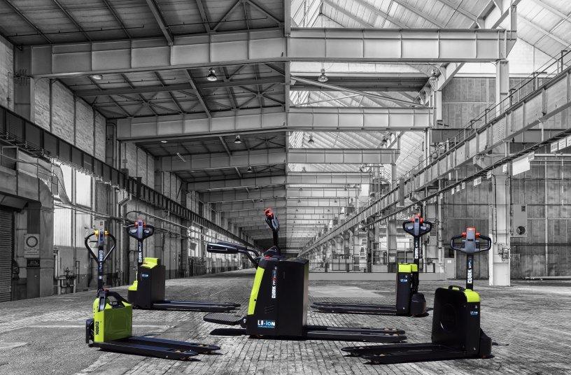 Clark hat die Produktpalette um Niederhubwagen der WPio-Baureihe mit Li-Ion-Batterie erweitert. <br> Bildquelle: CLARK Europe GmbH