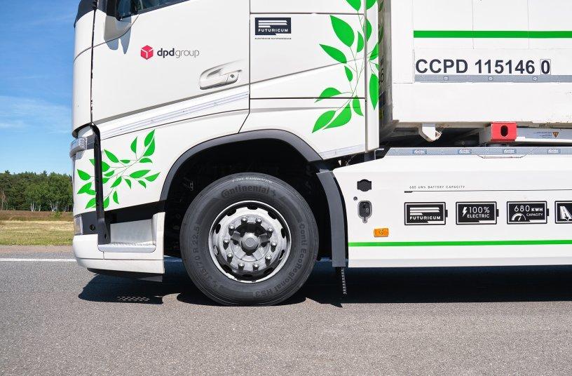 Der E-Lkw fährt im Schweizer Regionalverkehr auf Conti EcoRegional HS3 (Vorderachse) sowie Conti EcoRegional HD3 (Antriebsachse). <br>Bildquelle: Continental AG