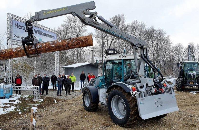 Präsentation der neuen Pm Trac Baureihe Generation 36  <br> Bildquelle: Pfanzelt Maschinenbau GmbH