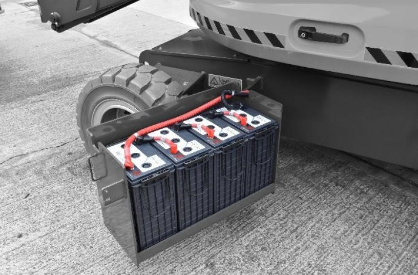 The use of Hydro Polymer Technology provides a longer lasting battery with 15 percent more capacity <br>Image source: Discover Battery