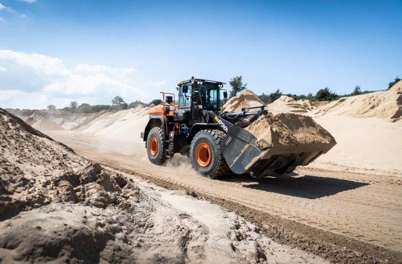 Doosan DL420-7 wheel loader <br>Image source: DOOSAN INFRACORE EUROPE S.R.O. </br>
