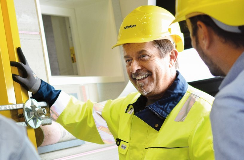 As an intermediary, Doka also works to ensure that its components and systems come onto the market that are safe and safe to use and operate. Because at the end of the day, it's all about the people on the site - their physical and mental integrity. Copyright: Doka