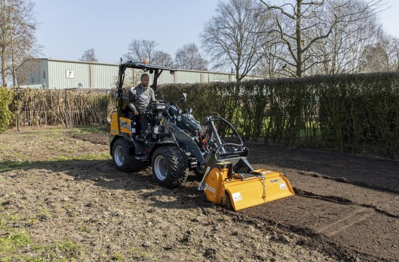 G2300 X-TRA HD - ROTARY TILLER (Image source: Tobroco-Giant)