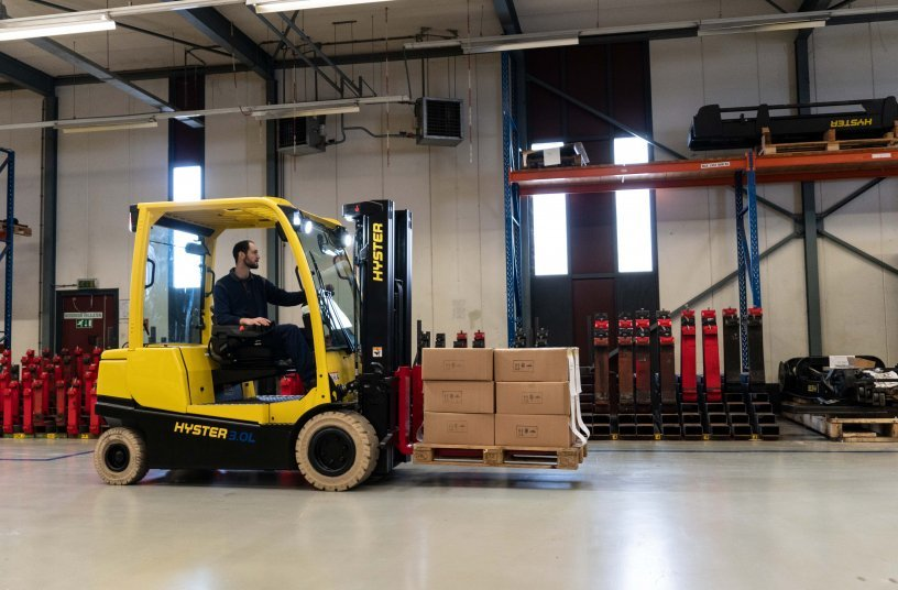 HYSTER® integrated lithium-ion forklifts get tough on industry challenges <br> Image source: Hyster Europe