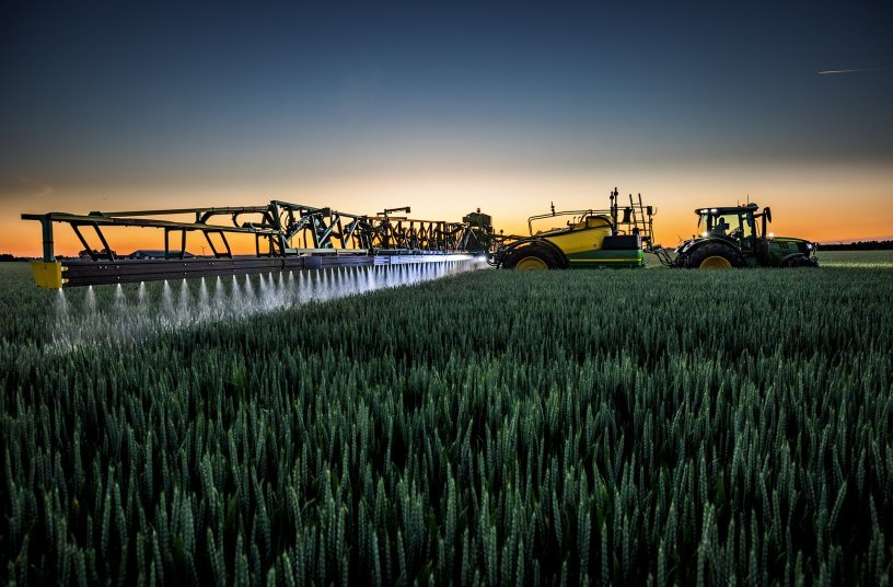 John Deere launches biggest ever trailed sprayer