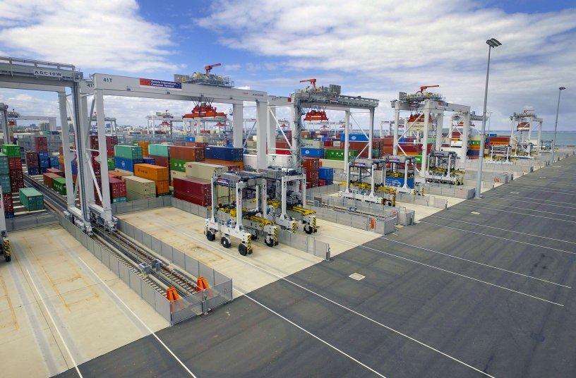 Kalmar ASCs and AutoShuttles at VICT. <br> Image source: Cargotec Corporation; Kalmar