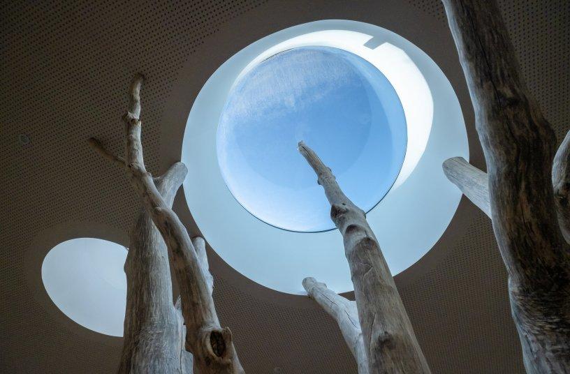 Glasarchitektur verbindet das Draußen mit Drinnen <br> Bildquelle: LAMILUX