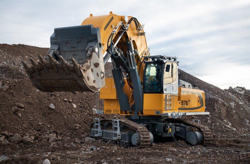 Der Elektro-Raupenbagger R-976-E arbeitet nicht nur extrem leise, sondern auch garantiert abgasfrei.