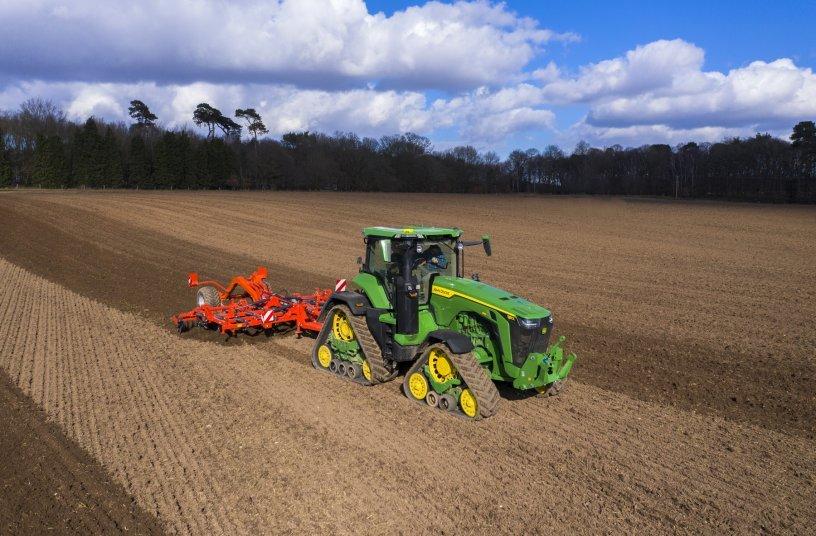 New John Deere 8RX 410 tractor<br>Image source: ASM Public Relations Ltd; John Deeere