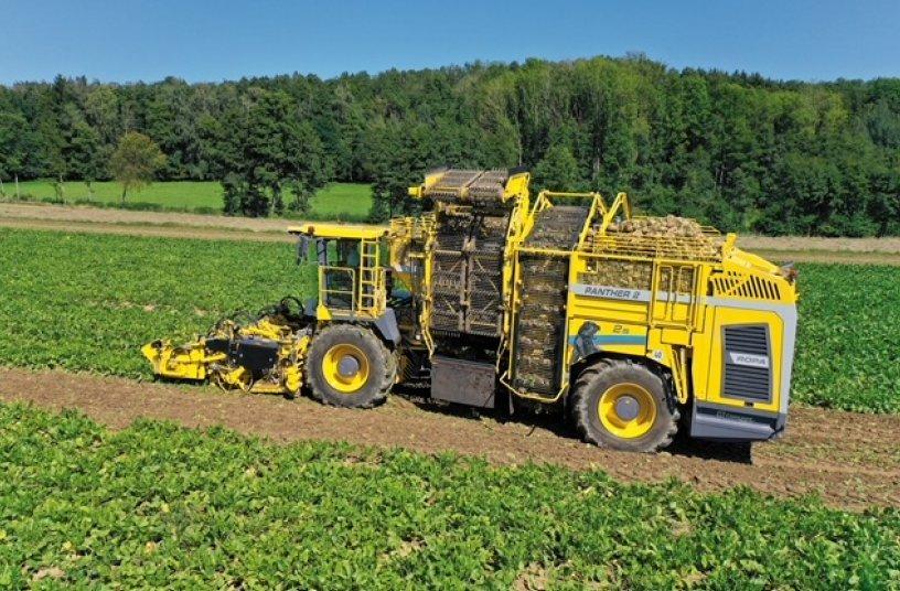 ROPA Panther 2S – Der weltweit leistungsstärkste zweiachsige Zuckerrübenroder von ROPA – ein echtes Arbeitstier <br> Bildquelle: ROPA Fahrzeug- und Maschinenbau GmbH