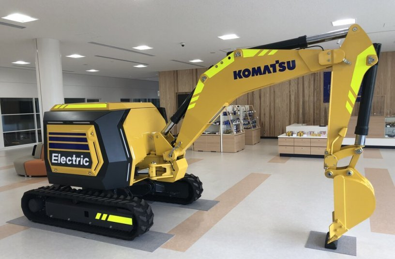 Fully electric mini excavator as the next-generation concept machine for the future<br>Image source: Komatsu Europe International N.V.