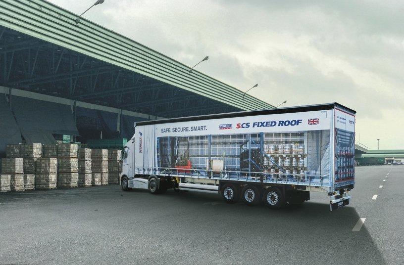 Sattelcurtainsider S.CS Fixed Roof ist speziell für den englischen Markt konzipiert<br>Bildquelle: Schmitz Cargobull AG