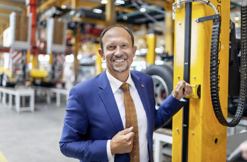 CEO Roland Hartwig has managed Schwarzmüllersince 2016 and is targeting further growth in Europe. <br>Image source: Schwarzmüller Group