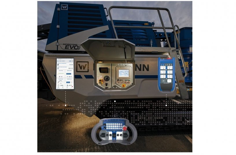The SPECTIVE operating concept: touch panel directly at the plant, large radio remote control for the set-up and driving procedures, small radio remote control with all operating functions. SPECTIVE CONNECT - the new app with all relevant plant information and jobsite reporting.<br> Image source: WIRTGEN GROUP