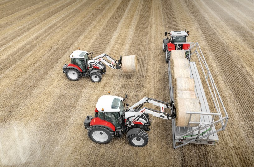 STEYR New Front Loader S3814T with 4110 Kompakt and S3917T with 4120 Multi<br>IMAGE SOURCE: CNH Industrial N.V. Corporate Office; STEYR