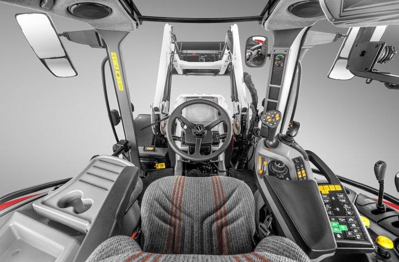 STEYR New Front Loader S4020T and 4120 Expert CVT CAB <br> Image source: CNH Industrial N.V. Corporate Office; STEYR