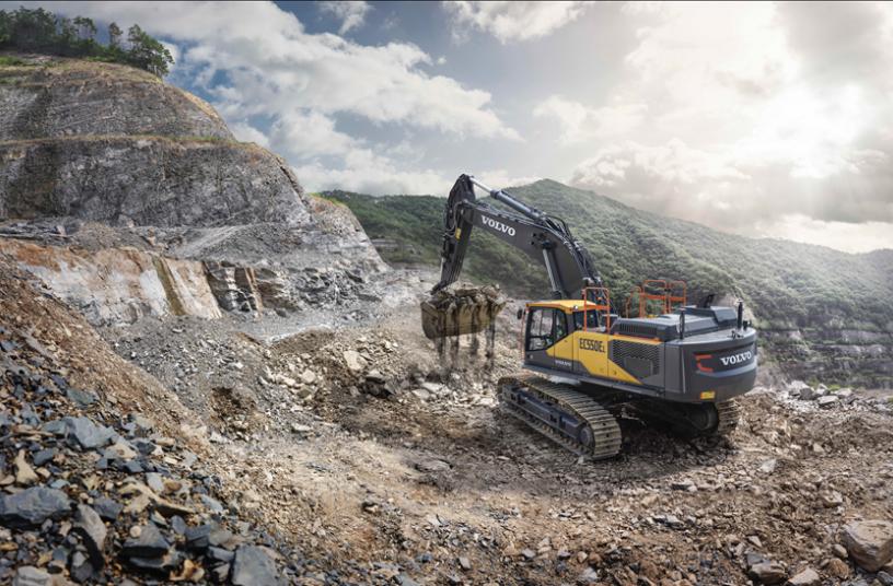 Volvo EC530E<br>Image source: Volvo Construction Equipment North America