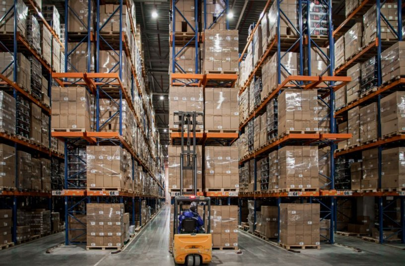 Ahlers - warehouse <br> Image source: Ahlers Solutions Beyond Logistics