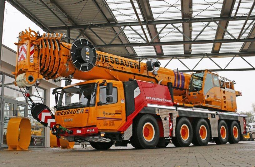 Der neue GMK5150L der Wiesbauer GmbH & Co. KG im Manitowoc Werk in Wilhelmshaven.
