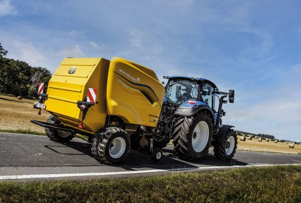 New Holland launches new Roll-Bar 125 fixed chamber round baler