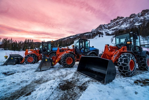 Hitachi rental fleet prepares for Alpine World Ski Championships