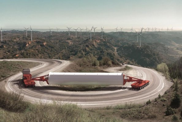 Optimised for meeting the requirements of the wind power industry: the newly-developed K25 L from SCHEURELE. The modular platform vehicle is the ideal solution for transporting loads with a high centre of gravity.