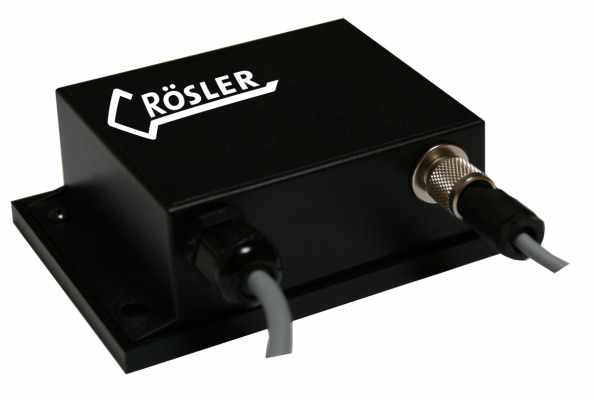 With this small box, you can keep an eye on the functions and data of your machine.