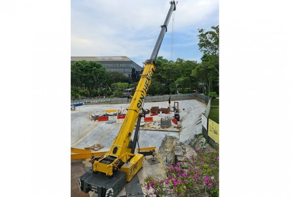 Singapore's first Grove GMK5250XL-1 delivered to Sin Heng Heavy Machinery
